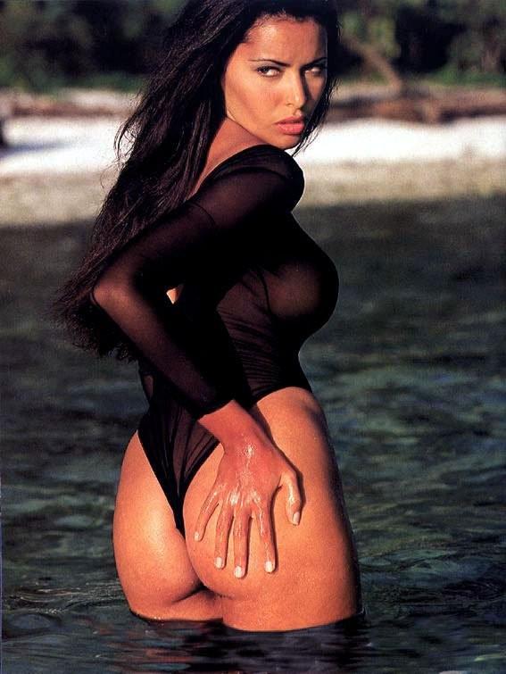 Alexandra kabi nude